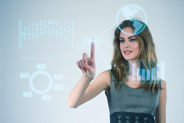 Geschäftsfrau arbeitet mit modernen virtuellen technologien hände berühren den bildschirm.