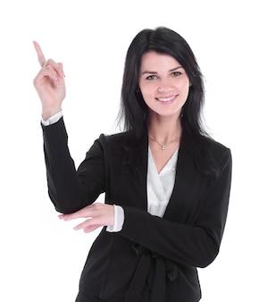 Geschäftsfrau, die zur seite am kopienraum zeigt. isoliert auf weißem hintergrund