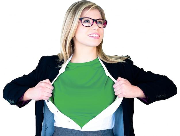 Geschäftsfrau-eröffnung-shirt in superhelden-stil