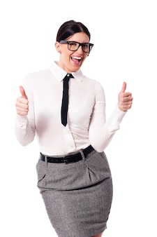 Geschäftsfrau gestikuliert daumen hoch