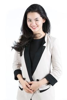 Geschäftsfrau in einem weißen anzug