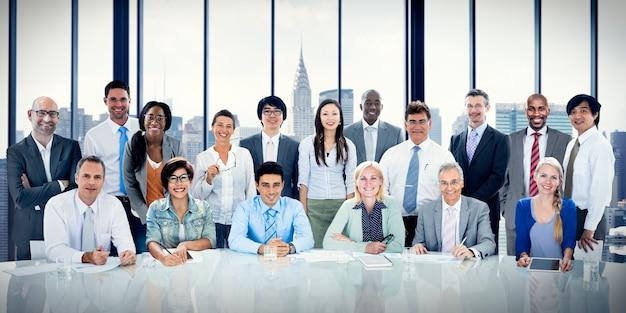 Geschäftsleute, die team concept treffen