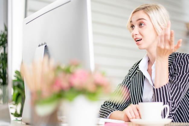 Geschäftsleute sind stress mit geschäftsproblemen