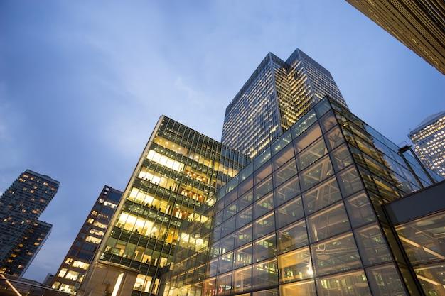 Geschäftslokalgebäude in london, england, großbritannien