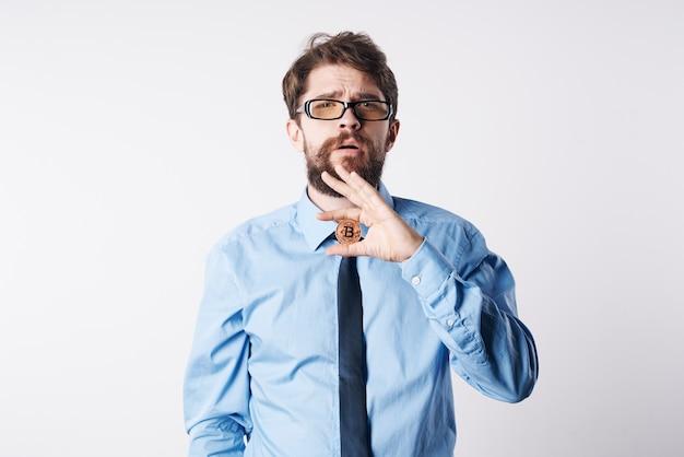 Geschäftsmann finanzmanager bürowirtschaft kryptowährung