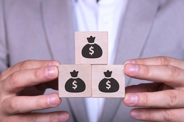 Geschäftswachstum, gewinnsteigerung, einkommenssteigerung oder sparkonzept.