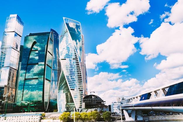 Geschäftszentrum moskau-stadt bagration bridge. russland