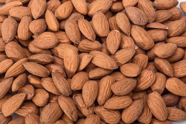 Geschälte mandelnahaufnahme. für vegetarier.