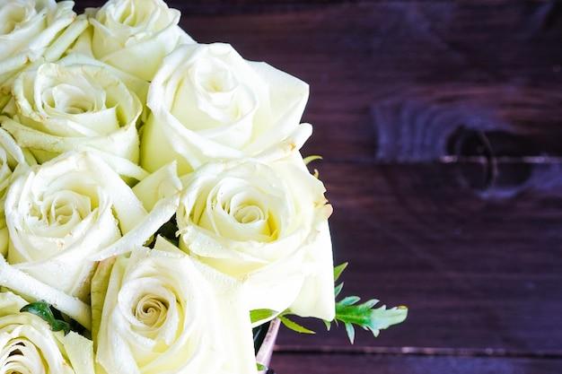 Geschenkbox mit rosen