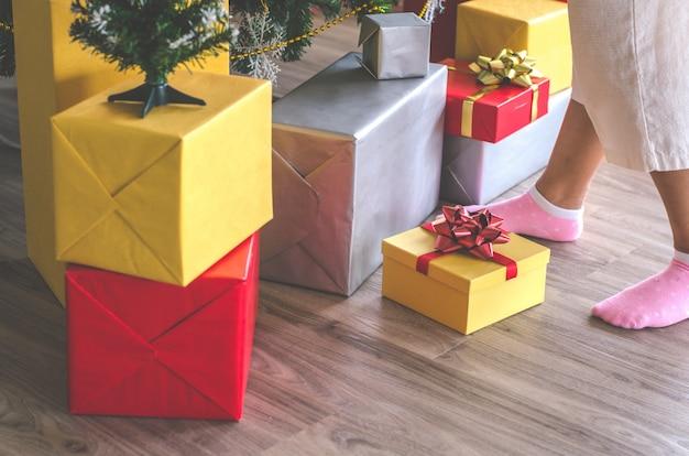 Geschenkbox und weihnachtsfest