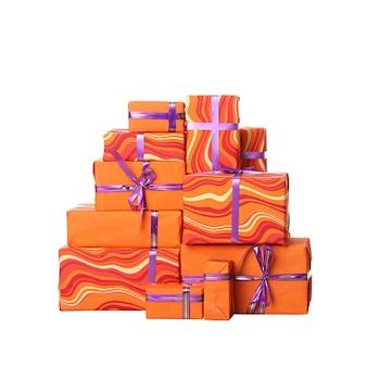 Geschenkboxen mit bogen lokalisiert auf weißem hintergrund