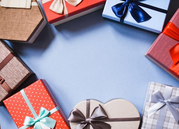 Geschenke mit kopierraum draufsicht