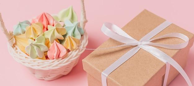 Geschenke mit süßigkeiten