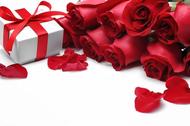 Geschenke und rosen