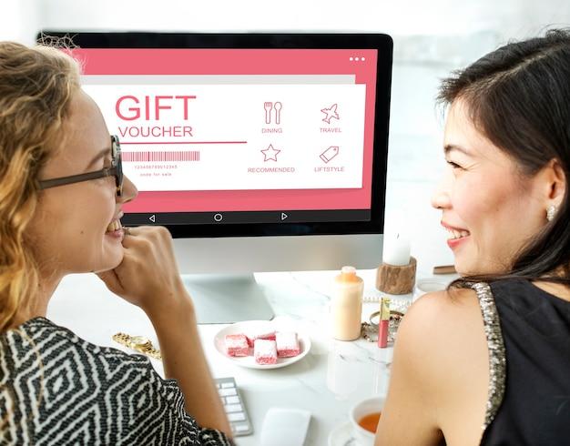 Geschenkgutschein-coupon-preiskonzept