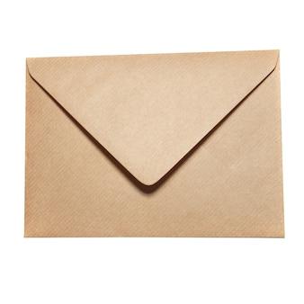 Geschlossener papierumschlag lokalisiert auf weiß