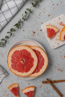Geschnittene grapefruits