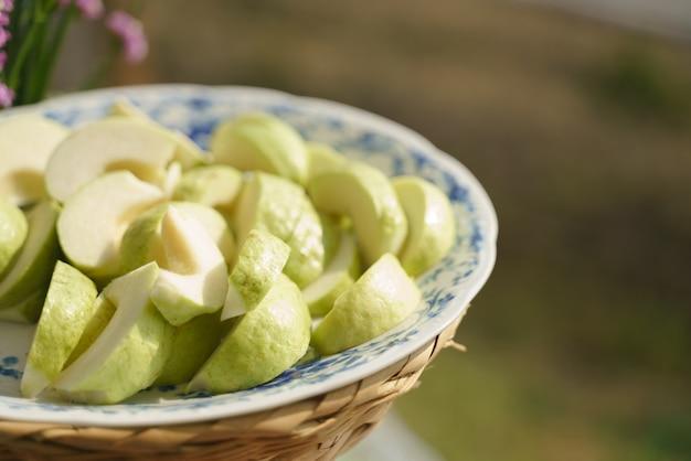 Geschnittene thailändische guave