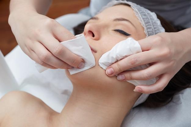 Gesichtsbehandlungen im wellnessclub