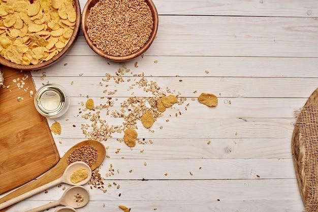 Gesunde ernährung frühstückszutaten küchenansicht von oben