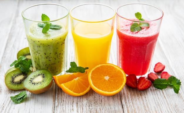 Gesunde fruchtsmoothies