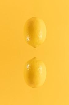 Gesunde organische zitronen der nahaufnahme