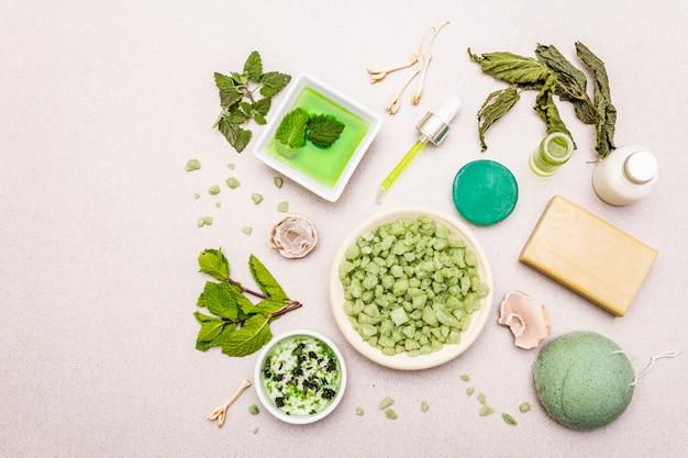 Gesunde selbstversorgung. minimalistischer bio-lifestyle. komfort und natürliche apotheke