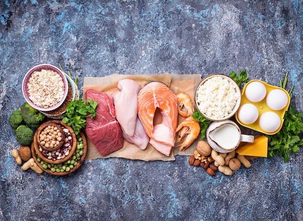 Gesundes essen reich an eiweiß
