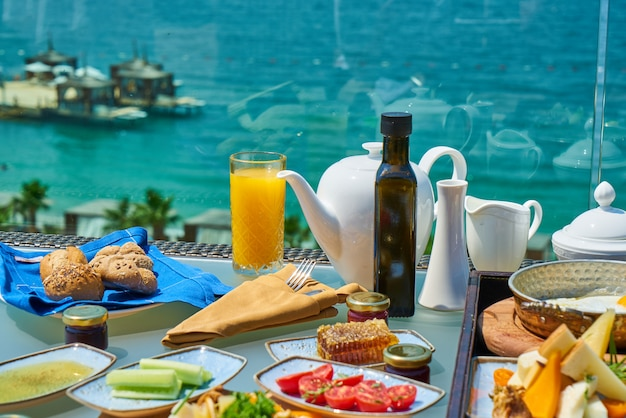 Gesundes frühstück in einem luxushotel