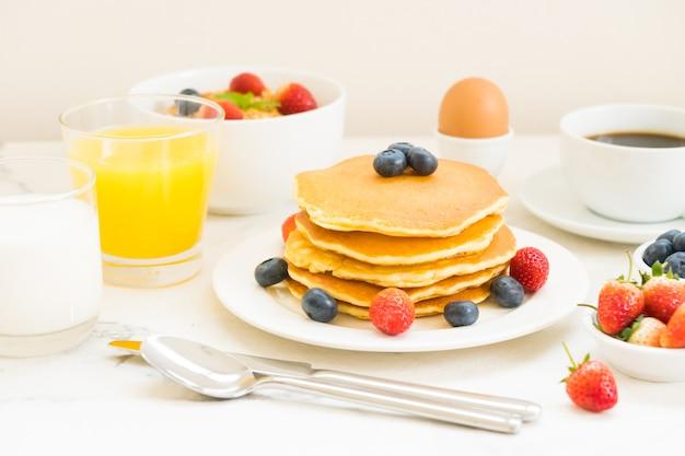 Gesundes frühstücksset
