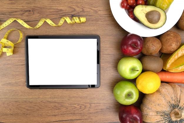 Gesundes lebensmittel des cholesterindiätkonzeptes, das das gesunde mittagessen isst