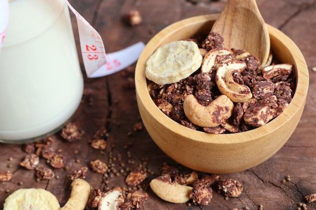 Gesundes müsli mit cashew