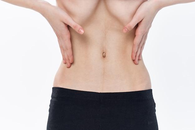 Gesundheitsprobleme bei der ernährung von frauen mit flachem bauch anorexie