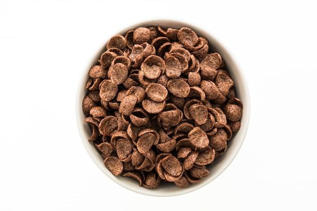 Getreide schokolade in weißen schüssel