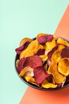 Getrocknetes gemüse dehydrierte süßkartoffel pastinaken rote beete chips snacks