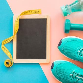 Gewichtsverlust zusammensetzung mit maßband und schiefer
