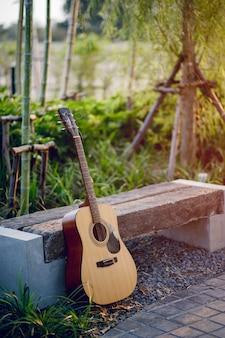 Gitarreninstrument von professionellen gitarristen musikinstrument für unterhaltung