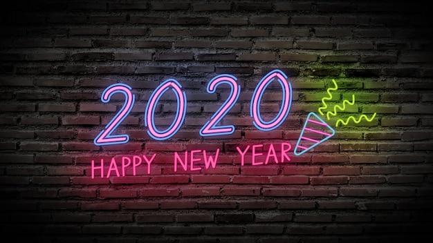 Glänzendes neonfluoreszenzlampenzeichen des guten rutsch ins neue jahr glühen auf schwarze backsteinmauer