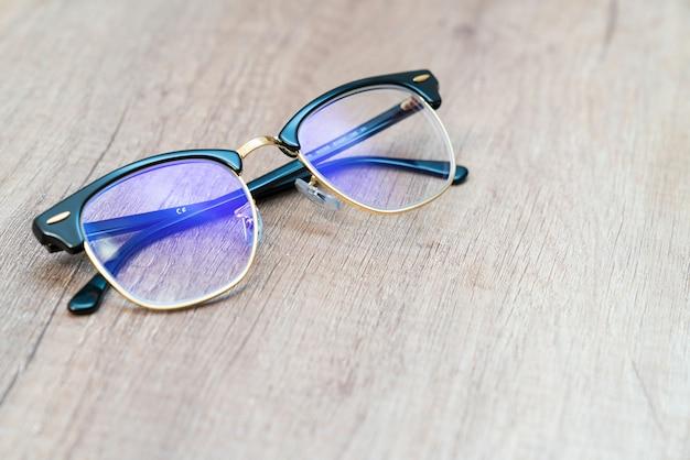 Gläser linse hellblaue augengläser.
