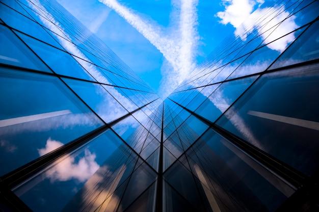 Gläser wolkenkratzer