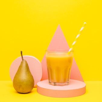 Glas mit smoothie