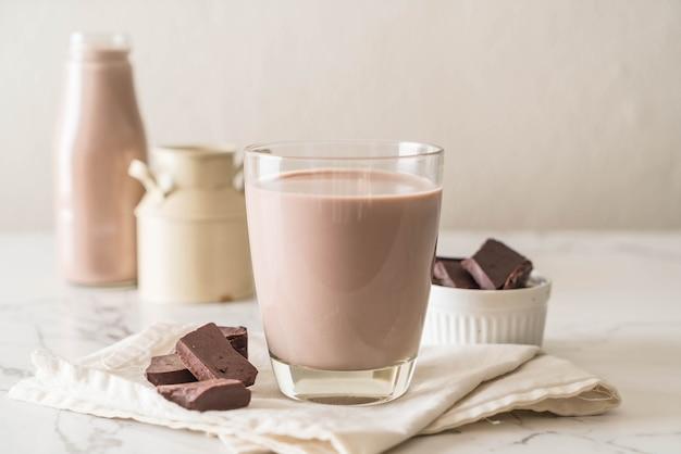 Glas schokoladenmilch