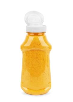 Glas senf auf dem weißen hintergrund mit beschneidungspfad isoliert