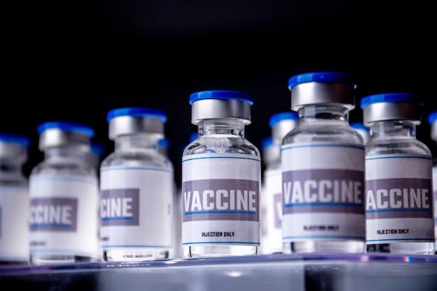 Glasfläschchen für impfstoffe im labor