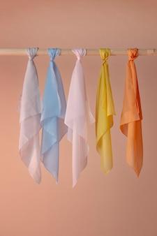 Glatt strukturiertes taschentuch zum aufhängen