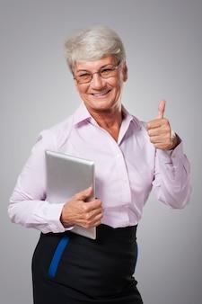 Glauben sie mir, neue technologien in der büroarbeit sind notwendig