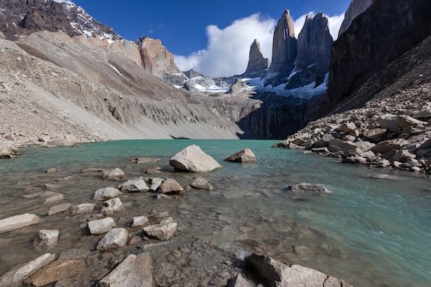 Gletscherlagune im nationalpark torres del paine