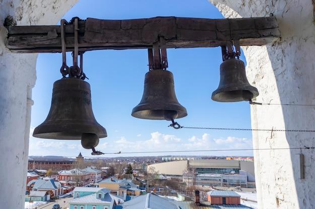 Glocken im tempel der russisch-orthodoxen kirche