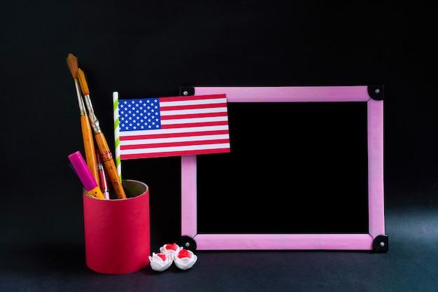 Glücklicher präsidententag, amerikanische us-flagge mit kopienraumrahmen