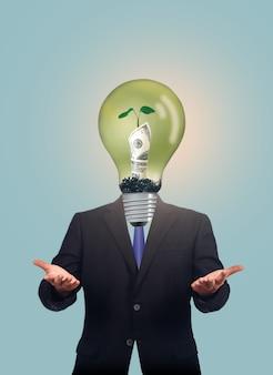 Glühbirne mit währung im inneren, geld wachsen konzept auf.